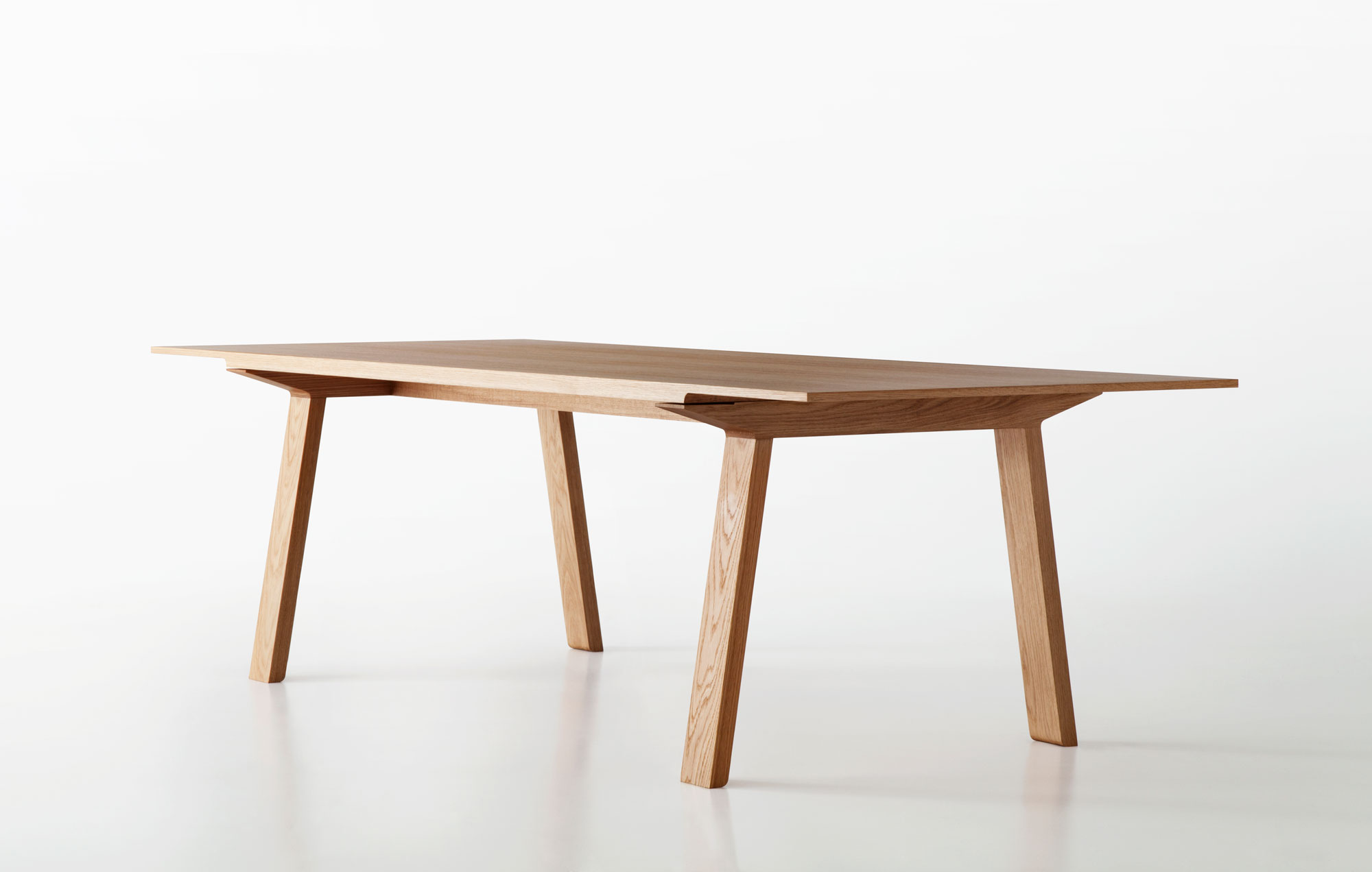 Mitis Table