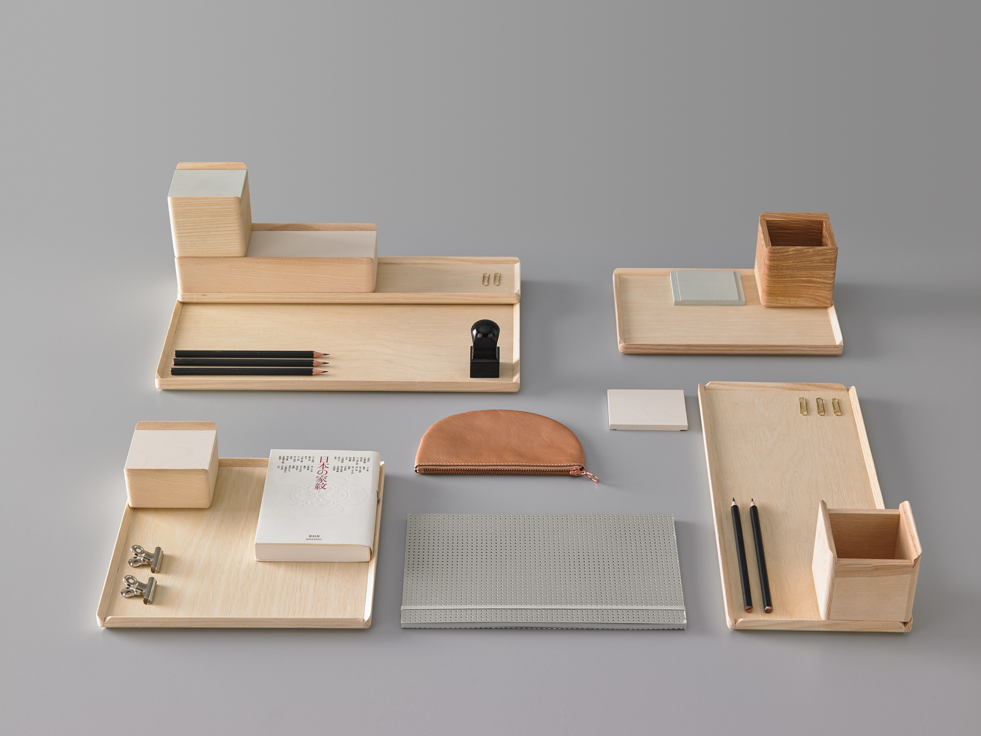Bisel Boxes and Trays