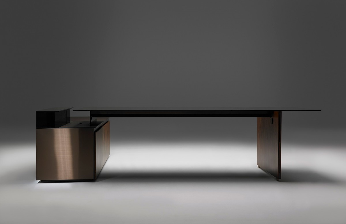 Neutra Table