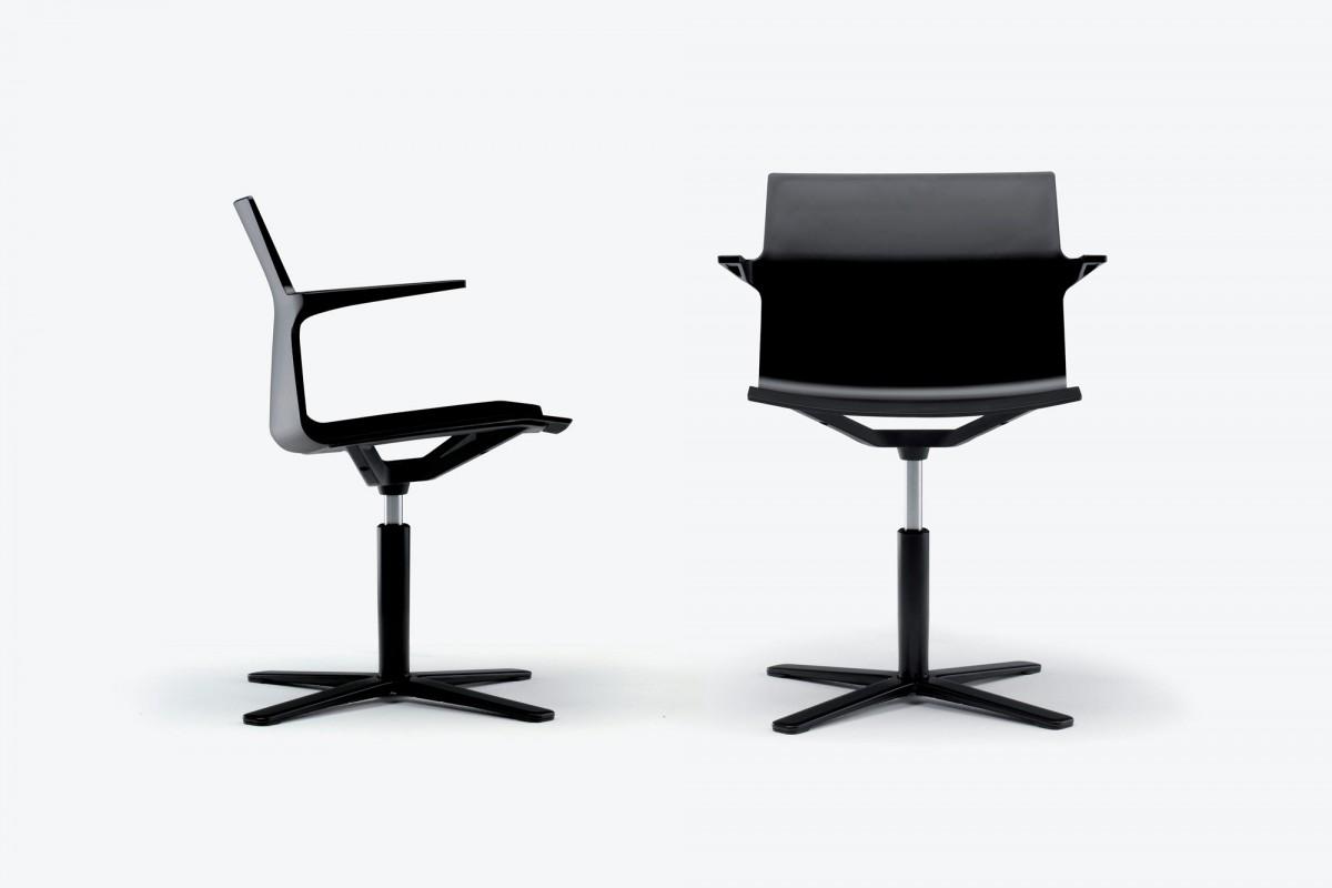 Trazo Chair
